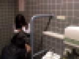 清楚系美少女にいたずら♪⑦ビルの階段で口内発射
