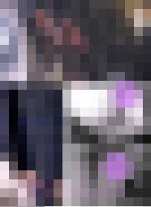 tikan039,電車の扉付近にいた可愛い制服コスプレ女子!!