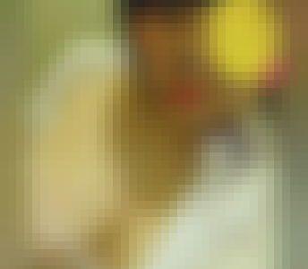 【爆エロ】ぽちゃkが制服姿でオナ&おしっこ